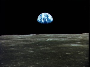 Earthrise (NASA photo ID AS11-44-6552)